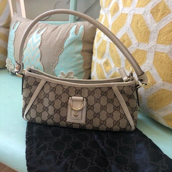 24e34d144 Gucci Bags | Ivory Leather Gg Abbey Pochette Shoulder Bag | Poshmark
